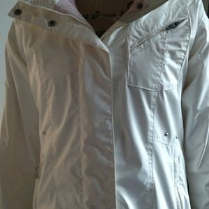 Columbia Sports wear white Jacket . Size medium
